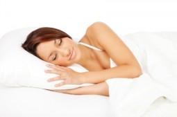 Kołdry i poduszki także wpływają na jakość snu