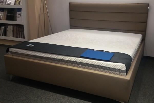 Wave 180x200 - tapicerowane łóżko Polstrin